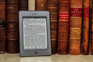 Il nuovo Amazon Kindle Touch garantisce ampia nitidezza dei caratteri con la tecnologia E-Ink