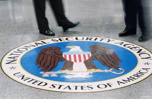 Come la NSA spia i nostri smartphone