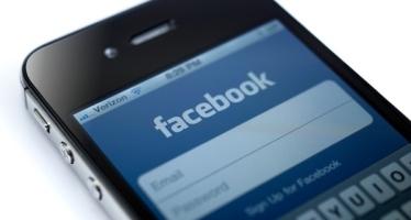 Facebook App. Privacy in dubbio per (troppi) permessi ed SMS