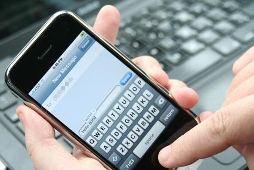 Disattivare la correzione automatica su iPhone iPad e Mac