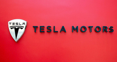 Apple e Tesla Motors, possibile acquisto nei prossimi mesi