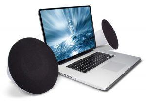 Scegliere gli altoparlanti giusti per il proprio PC è fondamentale per avere un suono chiaro e potente