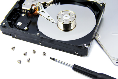 Come recuperare dati da un PC rotto: ecco cosa vi serve