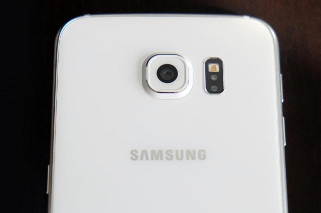 Samsung Galaxy S6: ottima la fotocamera con risoluzione 4k.