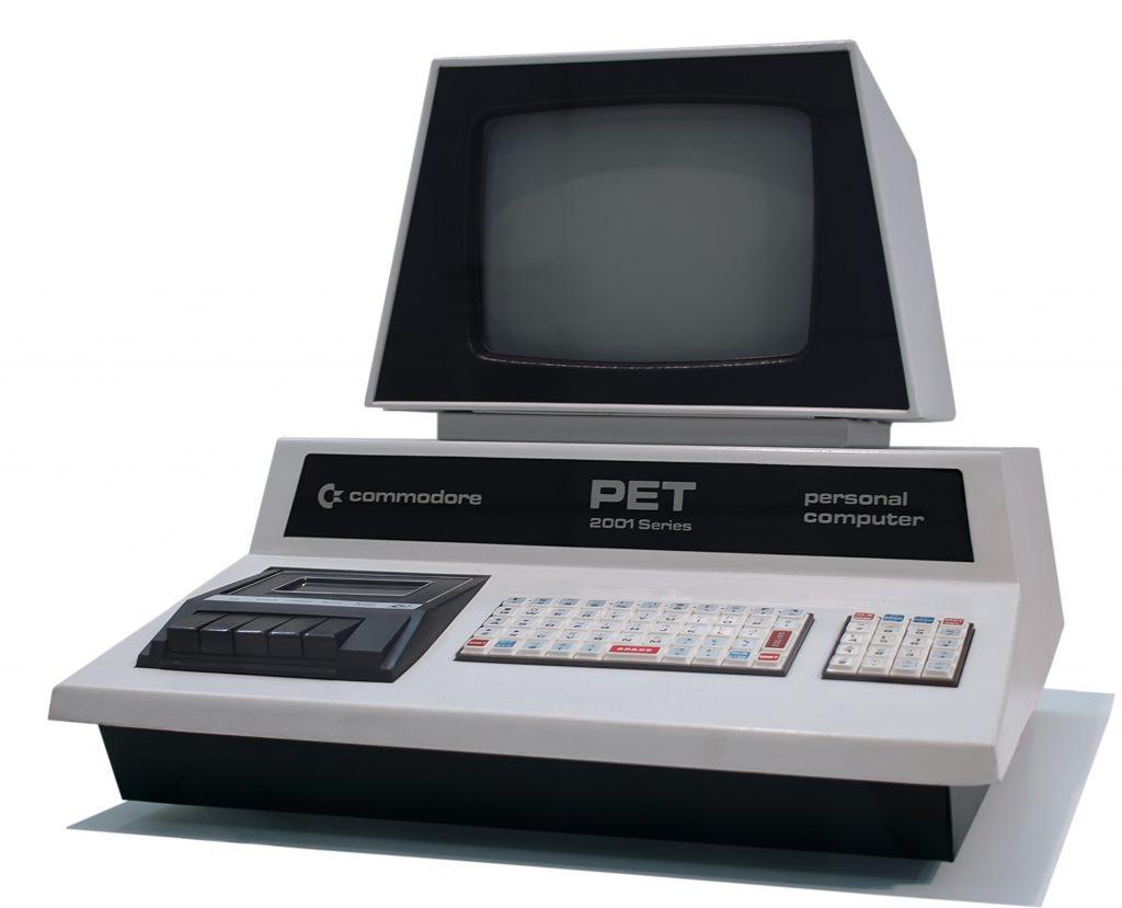 Commodore PET, smartphone che prende i nome dal Commodore PET 2001