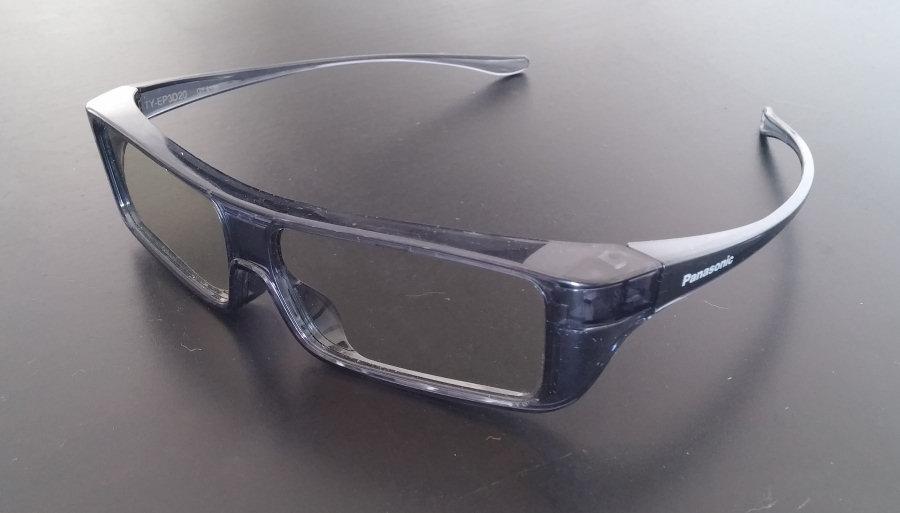 Panasonic Viera AS650, grazie agli occhiali forniti in dotazione è possibile visualizzare ogni tipo di film e filmato web tridimensionale.