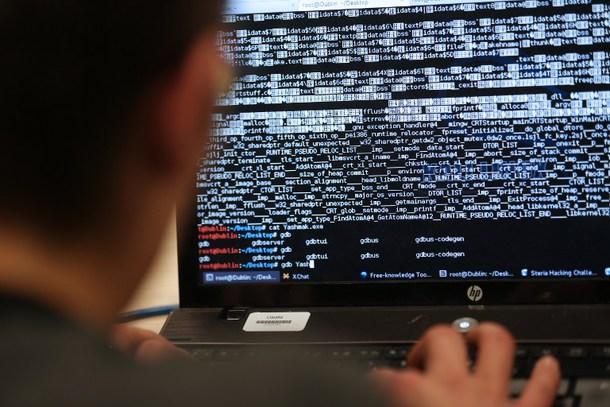 Prevenire il furto dal conto bancario: programmi professionali di sicurezza con protezioni dedicate alle banche è fondamentale