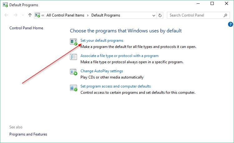 Come cambiare browser in Windows 10. Da Pannello di controllo, selezionare Imposta i programmi predefiniti
