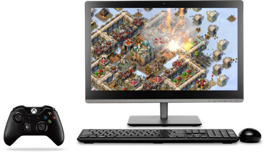 Windows 10, grazie alla connessione con Xbox One i giochi sono disponibili anche sul PC.
