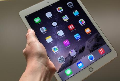 iPad Pro. La scheda del tablet Apple potente e accessoriato