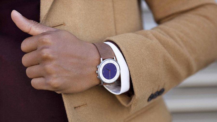 Pebble Time Round, grazie al display e-paper, offre diverse possibilità di personalizzazione.