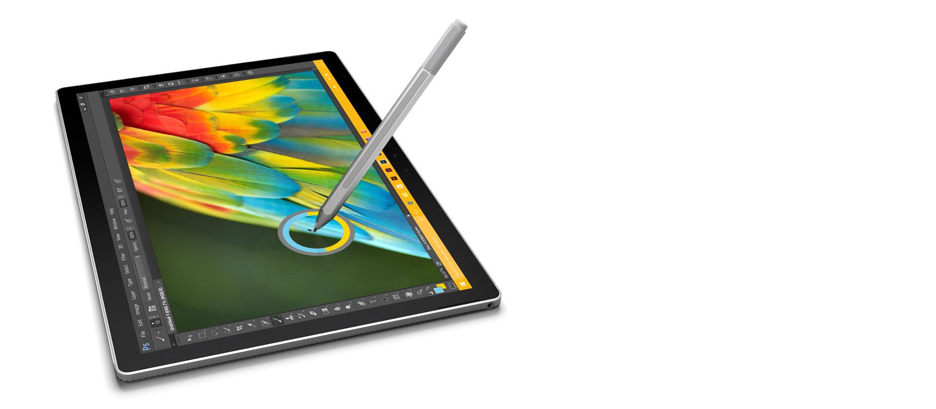 E' possibile utilizzare il Surface Book anche solo come tablet