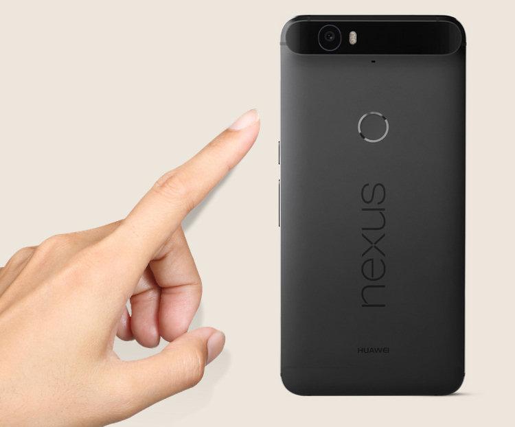 Nexus 6P: il sensore Imprint, collocato nella parte posteriore, permette finalmente di scansionare le impronte digitali degli utenti.