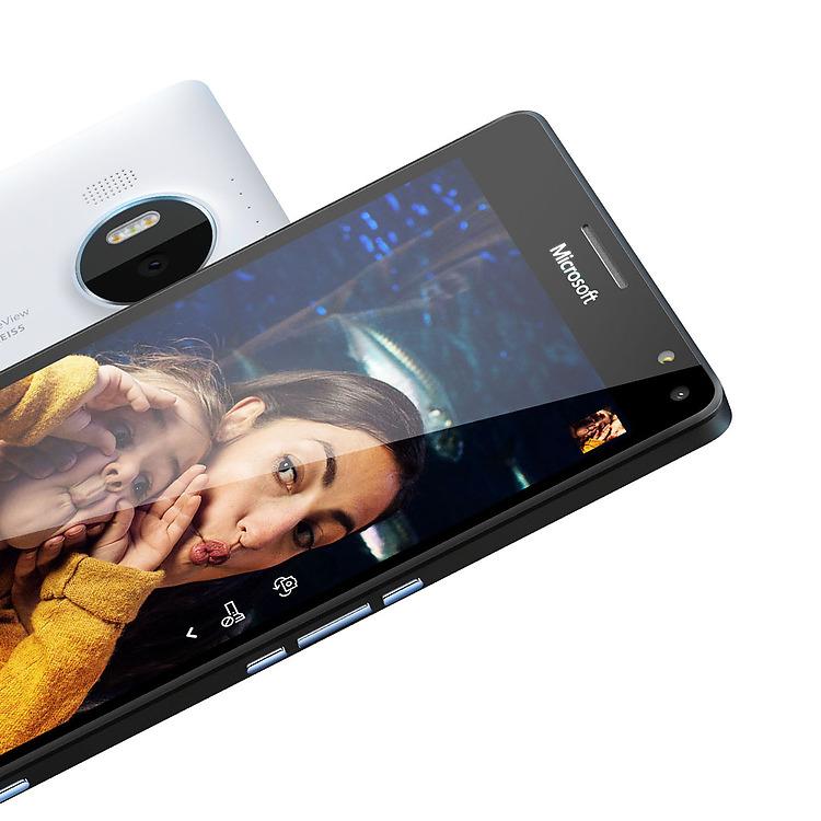 Ecco il look del Microsoft Nokia Lumia 950 XL con un display che misura 5.7 pollici in diagonale