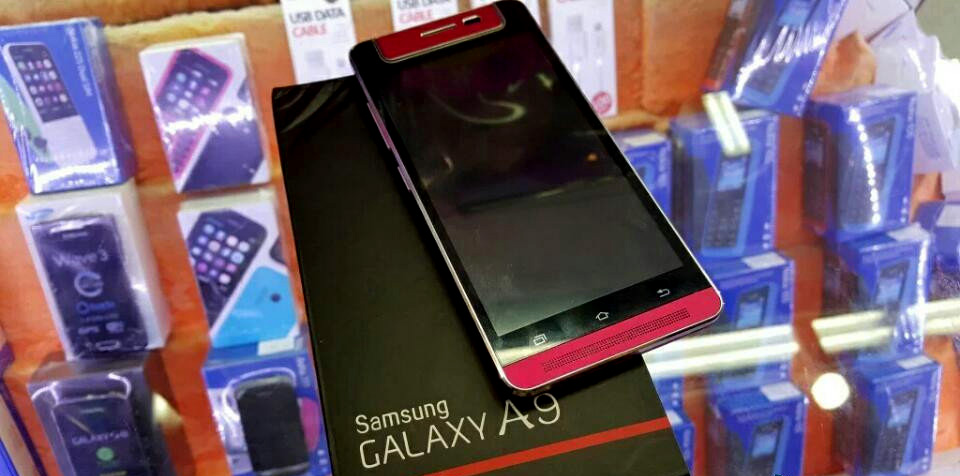 Samsung Galaxy A9, ecco alcune foto che mostrano in anteprima il nuovo smartphone (foto: www.mobile-dad.com)