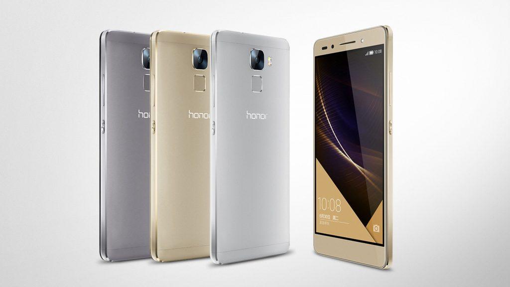 Le varie colorazioni dell'Huawei Honor 7, uno tra i migliori smartphone Huawei.