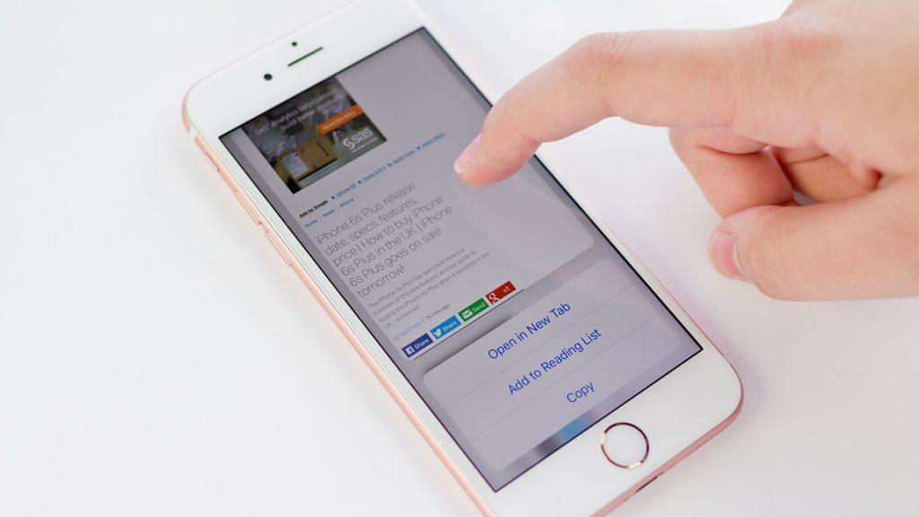 3D Touch, trucchi e segreti: Peek consente di visualizzare le anteprime di e-mail, pagine web e messaggi senza aprirli.