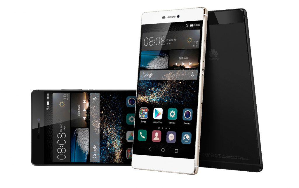 L'Huawei P8, uno tra i migliori smartphone Huawei, nelle due sue colorazioni.