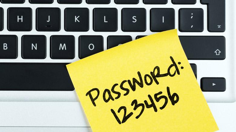 sicurezza del login di Drupal e credenziali di accesso