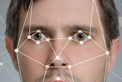 Amazon vende software riconoscimento facciale alla polizia, per due soldi