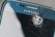 Schermo dello smartphone rotto? Il nuovo display potrebbe spiarti