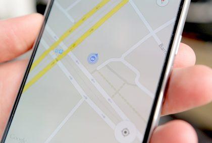 Google traccia spostamenti anche se non lo usi. Parte la class action