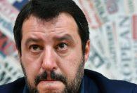 Cosa rischi se insulti Salvini? Le offese che puoi (e non puoi) dirgli